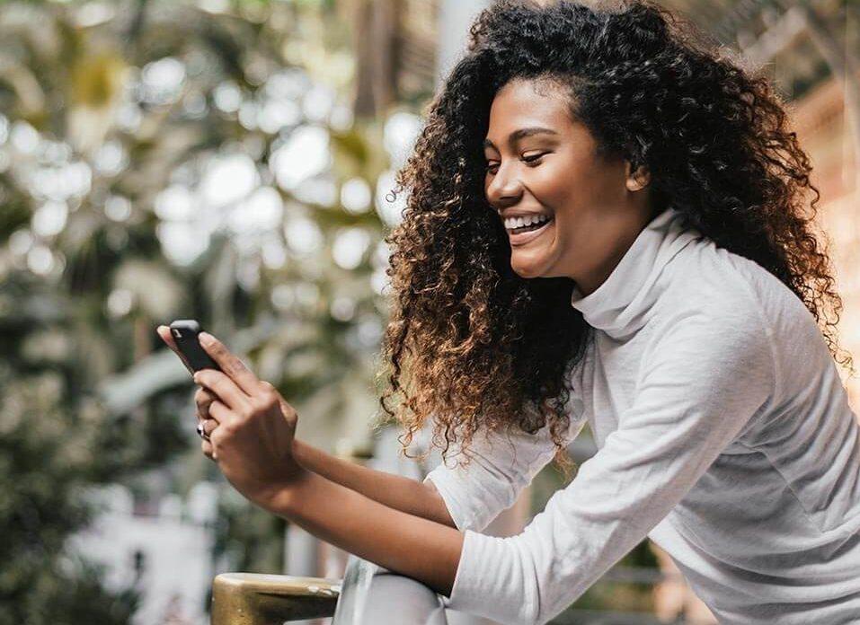 Quando e por quê usar emojis nas redes sociais