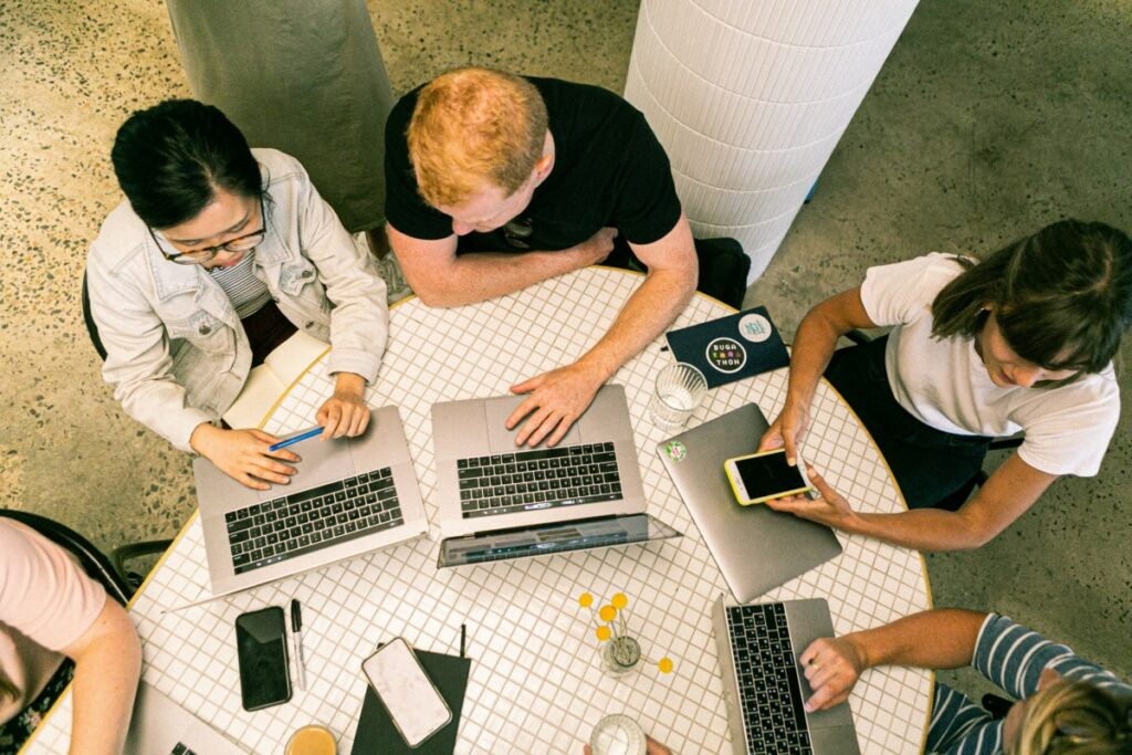 Imagem para ilustrar o texto sobre gestão de crise nas redes sociais